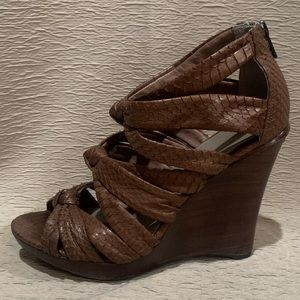"Kenneth Cole Brown Wedges sz 7.5 ""Why Knot  SN"""